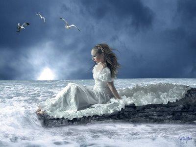 donna in bianco sul mare oro fiorent.